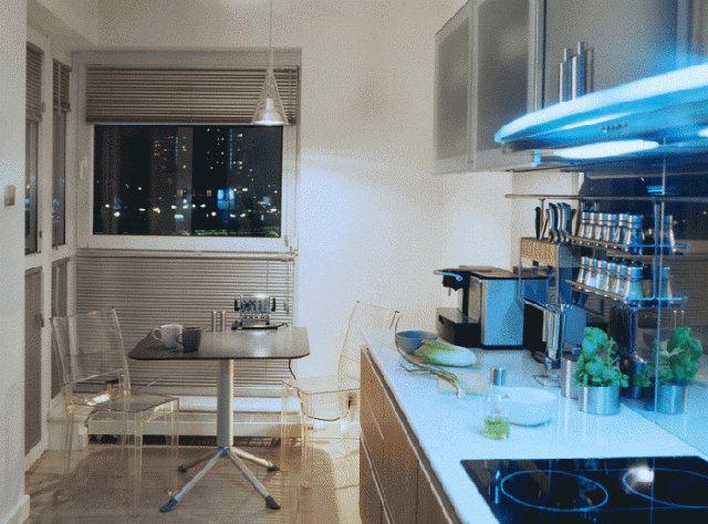 Стильный интерьер небольшой кухни в современном стиле