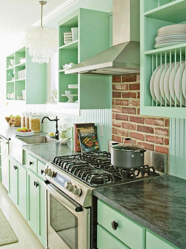Бледно-зеленая кухня в стиле ретро