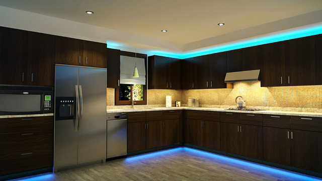 Декоративная подсветка кухни светодиодными лентами разных цветов