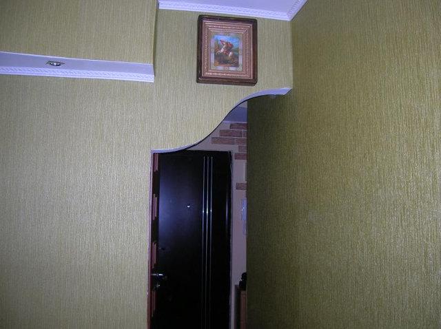 Арка между кухней и коридором из гипсокартона