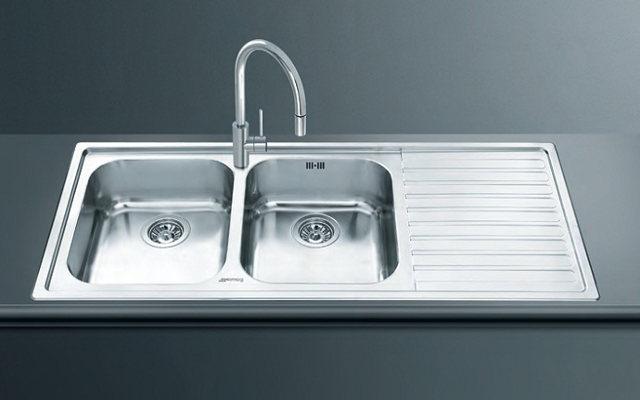 Кухонная мойка с двумя чашами Smeg LM116D