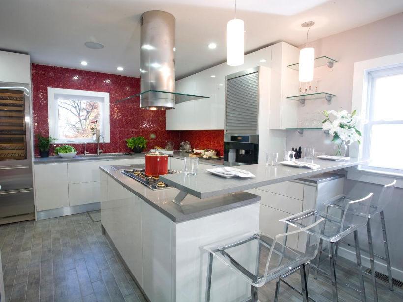 Серо-бело-красная кухня